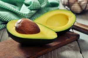 dollarphotoclub_57168681-avocado-700x464